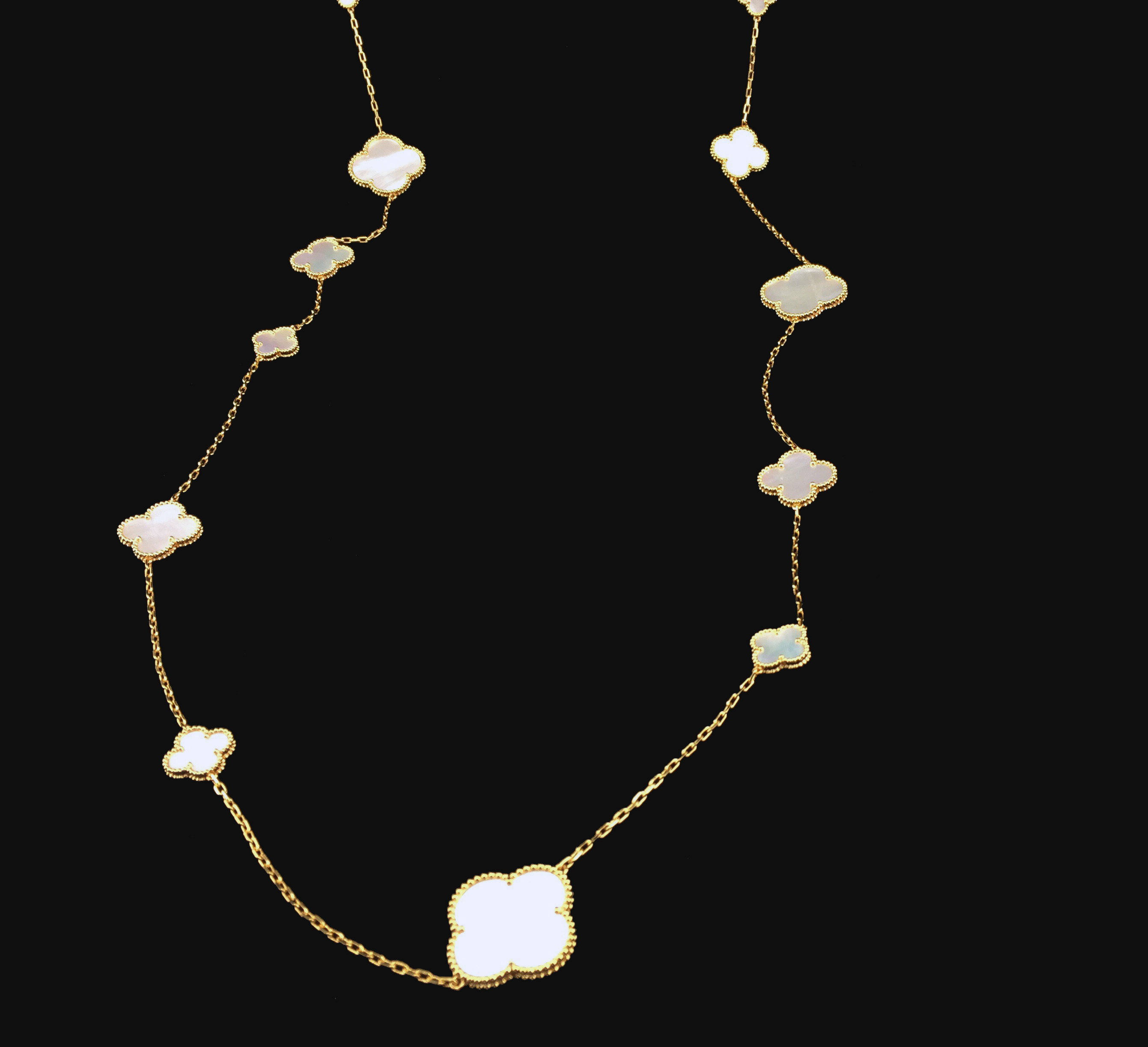 18K Gold Plated Clover Necklace 16 Motifs With Mother Of